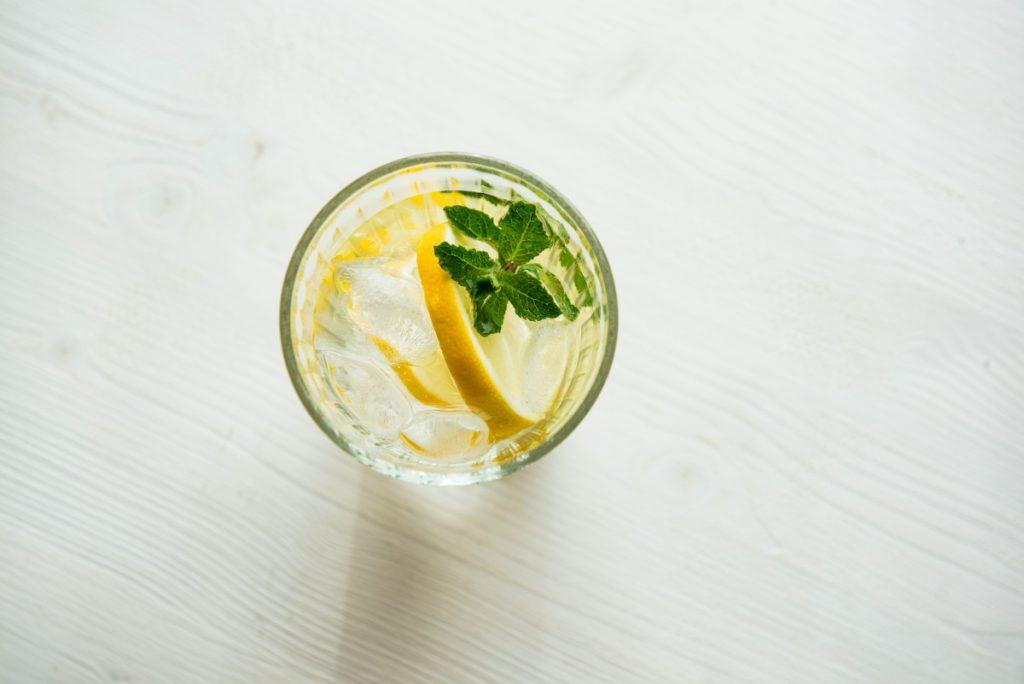 eau chaude citronnee